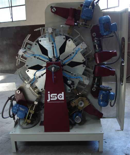 Máquina Plumadora